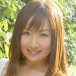 愛川ゆず季のHカップ(100cm)画像や動画!水着とプロレスコスが可愛い!