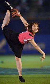 岡田サリオの始球式の画像